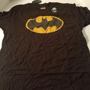 Batman mens t shirt short sleeve new with tags